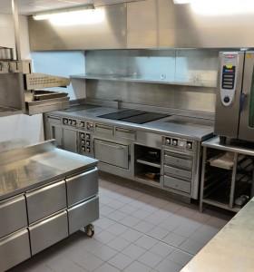 ensemble de cuisson sur mesure type restaurant