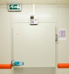 chambre froide - lisses de protection - regulateur