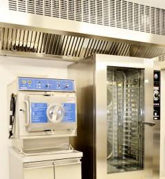 four mixte 20 niveaux et cuiseur vapeur pression